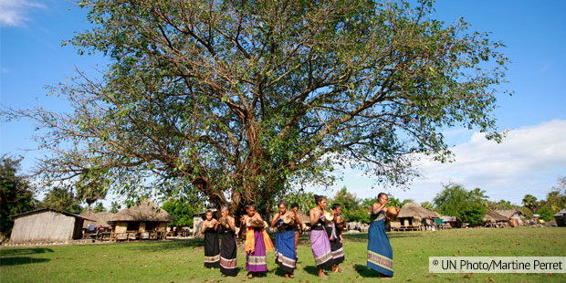 timor women dance